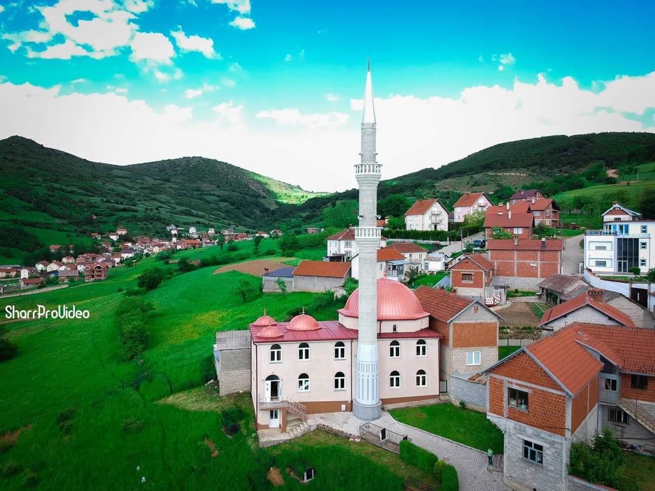 Fshati Zaplluxhe vendbanimi më i skajshëm i Opojës