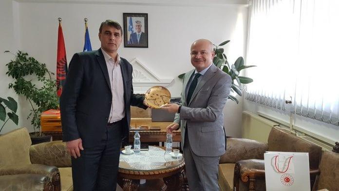 Kryetari Shabani, priti në takim z. Serdar Özaydın nga ambasada e Turqisë në Kosovë