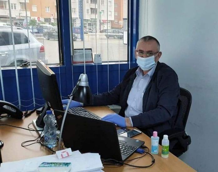 Gazetari Demir Reshiti ka rezultuar pozitiv me Covid-19!